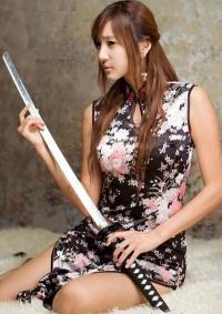 中华旗袍娘女英雄